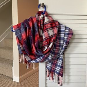 Gap cozy scarf, brand new never worn